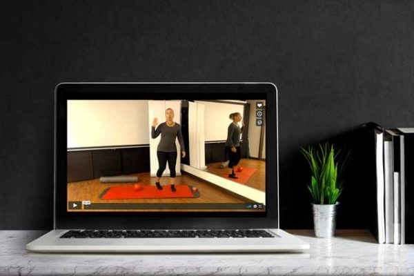 Kuva tietokoneest jossa kehonhallinta opetusta